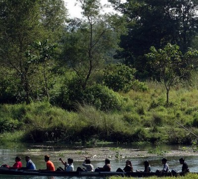 Canoe - Jungle Safari in Chitwan