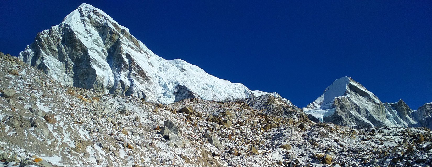 Way to Gokyo Lake